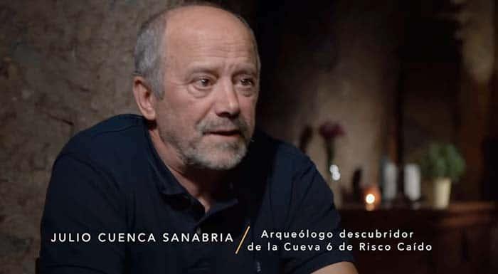 Julio Cuenca Risco Caído calendario de luz documental